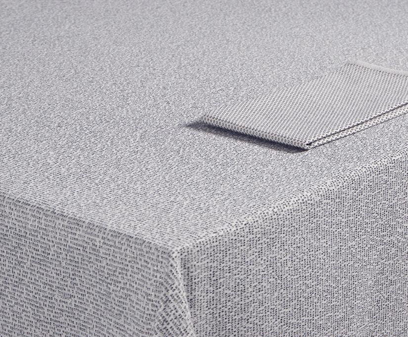 Bertjan Pot Font of the Loom tablecloth for Textielmuseum